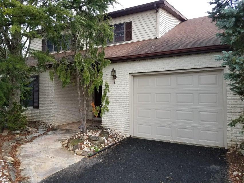 独户住宅 为 出租 在 48 Murray Hill Terrace 万宝路, 新泽西州 07746 美国