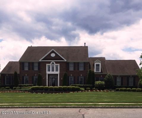 独户住宅 为 销售 在 3 Coleridge Drive 万宝路, 07746 美国