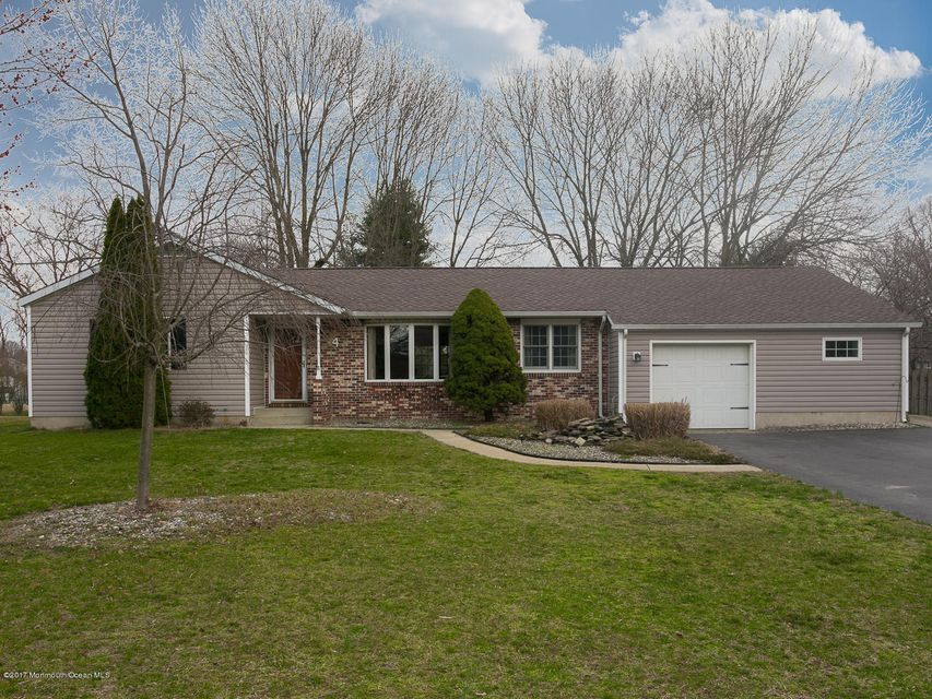 Casa Unifamiliar por un Venta en 4 Hance Drive Cookstown, Nueva Jersey 08511 Estados Unidos