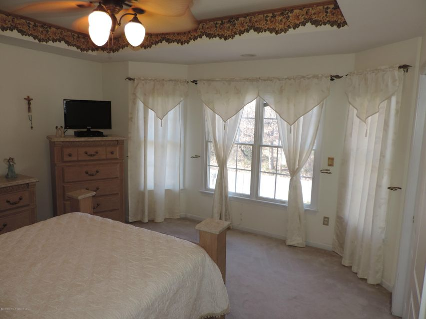 Additional photo for property listing at 523 Cornell Avenue  Toms River, Nueva Jersey 08753 Estados Unidos