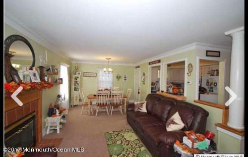 Condominio por un Alquiler en 318 Wellington Place Aberdeen, Nueva Jersey 07747 Estados Unidos