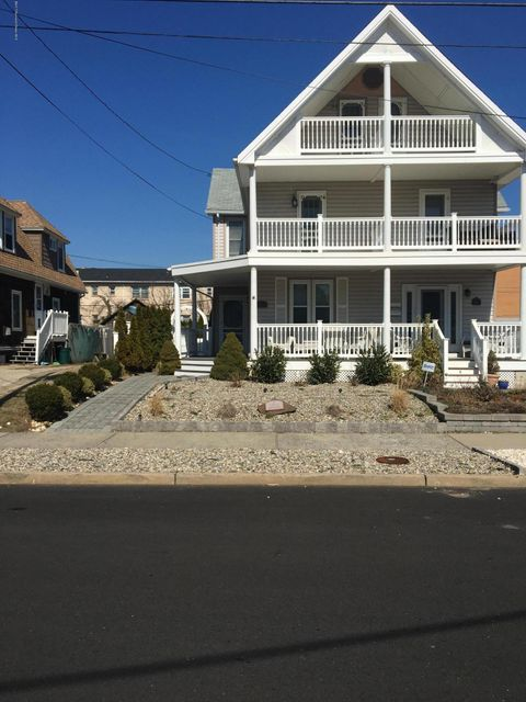 Single Family Home for Sale at 110 1/2 Lareine Avenue Bradley Beach, New Jersey 07720 United States