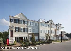 共管式独立产权公寓 为 出租 在 110 Waypoint Drive 伊顿敦, 07724 美国