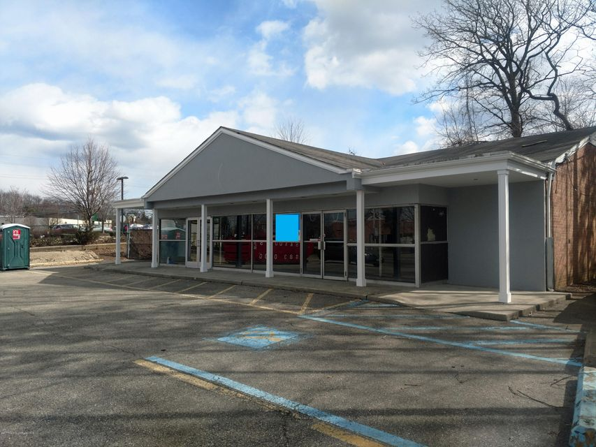 Commercial for Sale at 272 Lloyd Road 272 Lloyd Road Matawan, New Jersey 07747 United States