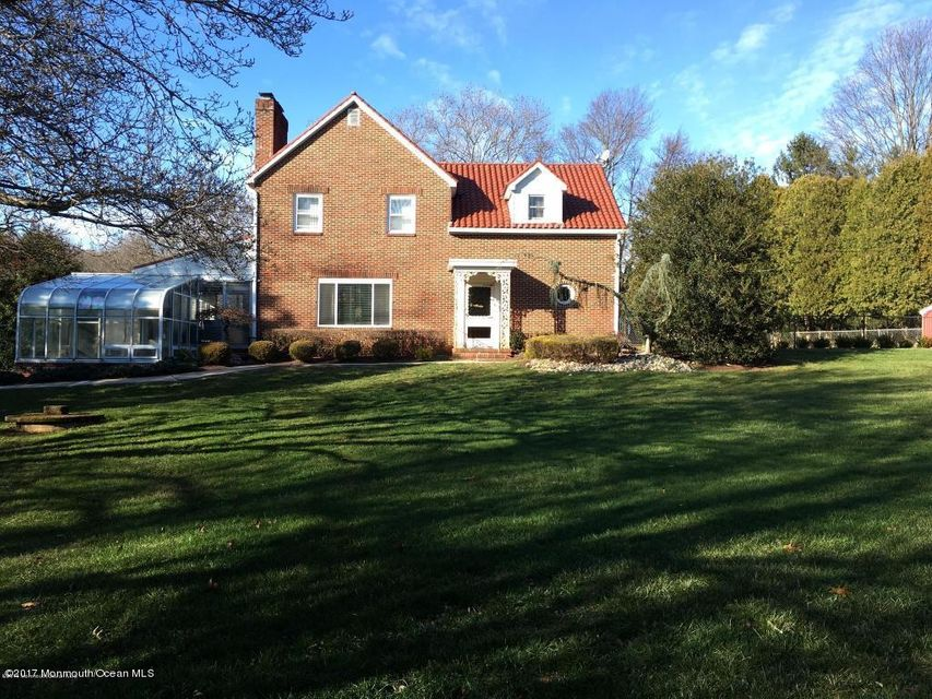 Single Family Home for Rent at 107 Middletown Road Holmdel, 07733 United States