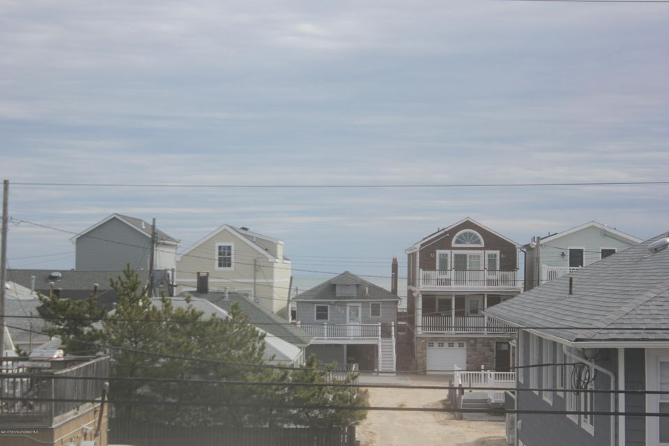 Additional photo for property listing at 231 Ocean Avenue  Point Pleasant Beach, Nueva Jersey 08742 Estados Unidos