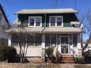Maison unifamiliale pour l Vente à 161 Nesbit Terrace Irvington, New Jersey 07111 États-Unis
