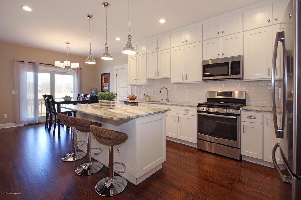 Single Family Home for Sale at 21 Thompson Avenue Leonardo, New Jersey 07737 United States