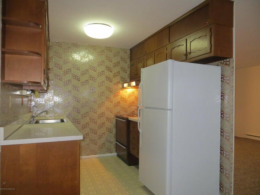 独户住宅 为 出租 在 301b Malvern Court 莱克伍德, 08701 美国