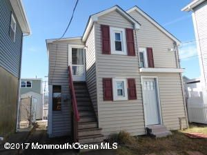 Single Family Home for Rent at 223-223-1/ 3rd Avenue Manasquan, 08736 United States