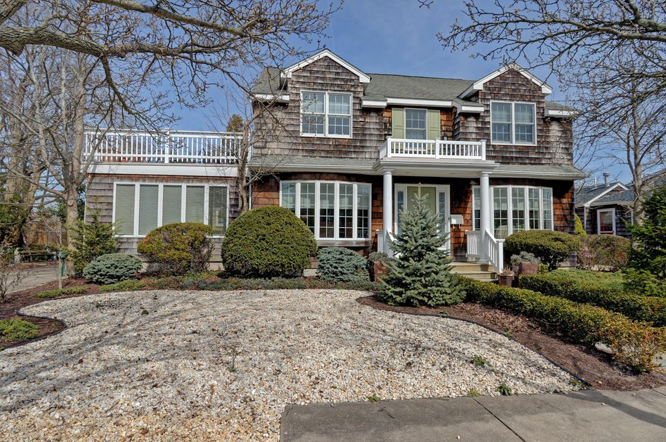Single Family Home for Sale at 56 Egbert Street Bay Head, New Jersey 08742 United States