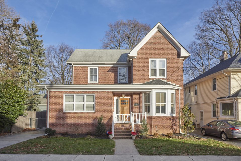 独户住宅 为 出租 在 39 Arthur Place 雷德班克, 07701 美国