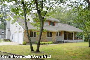 Single Family Home for Sale at 274 Easy Street Howell, New Jersey 07731 United States