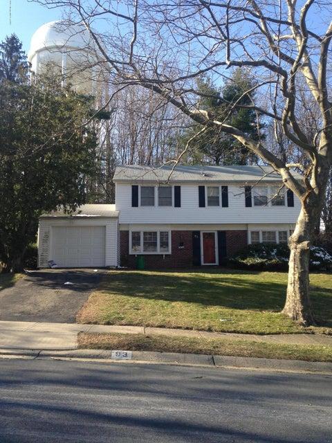 Maison unifamiliale pour l à louer à 93 Idlebrook Lane Aberdeen, New Jersey 07747 États-Unis