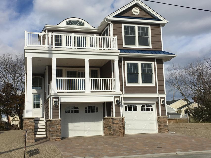 Single Family Home for Sale at 335 3rd Street Surf City, New Jersey 08008 United States