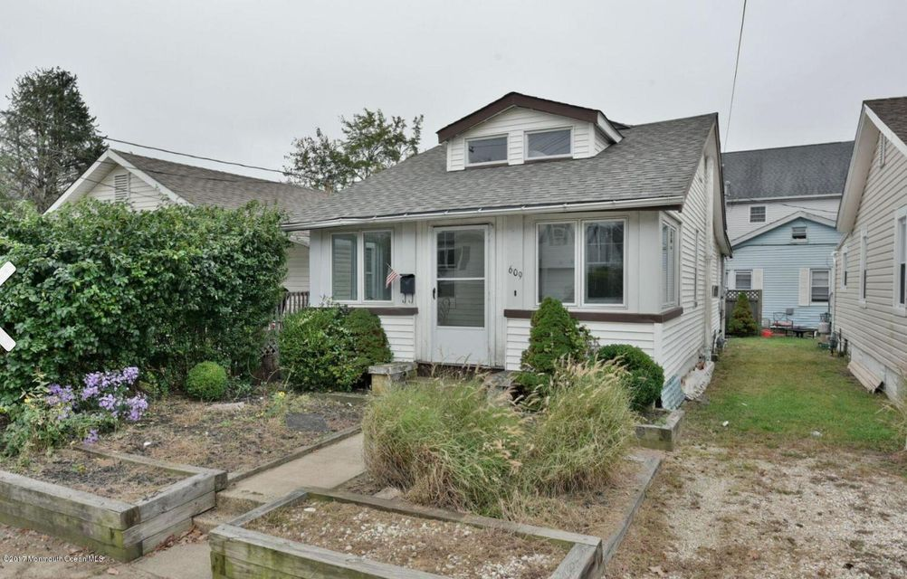 Casa Unifamiliar por un Alquiler en 609 18th Avenue Lake Como, Nueva Jersey 07719 Estados Unidos