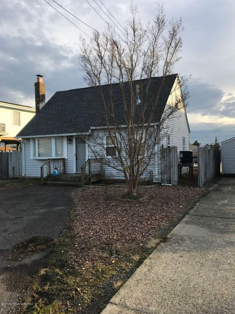 Single Family Home for Rent at 11 Boat Drive Little Egg Harbor, New Jersey 08087 United States