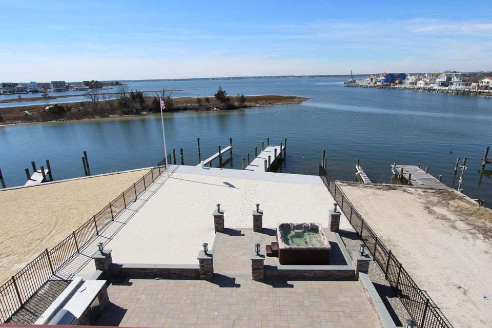 2027 Bay Boulevard, Ortley Beach, NJ 08751
