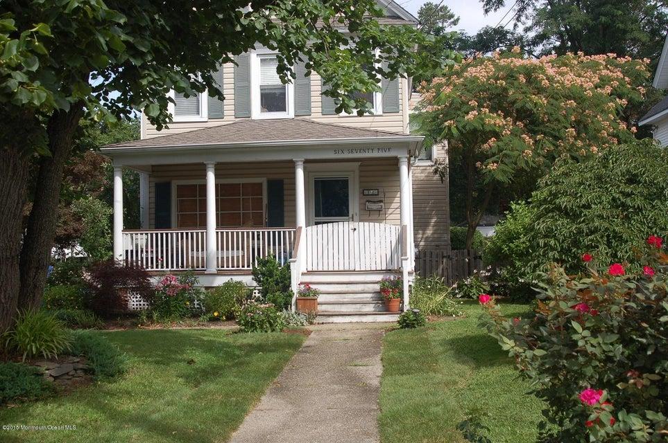 Maison unifamiliale pour l à louer à 675 River Road Fair Haven, New Jersey 07704 États-Unis