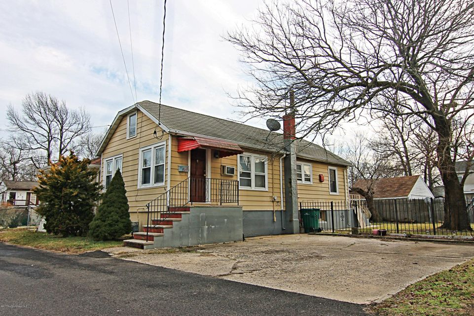 Single Family Home for Sale at 34 Summerfield Avenue Laurence Harbor, New Jersey 08879 United States