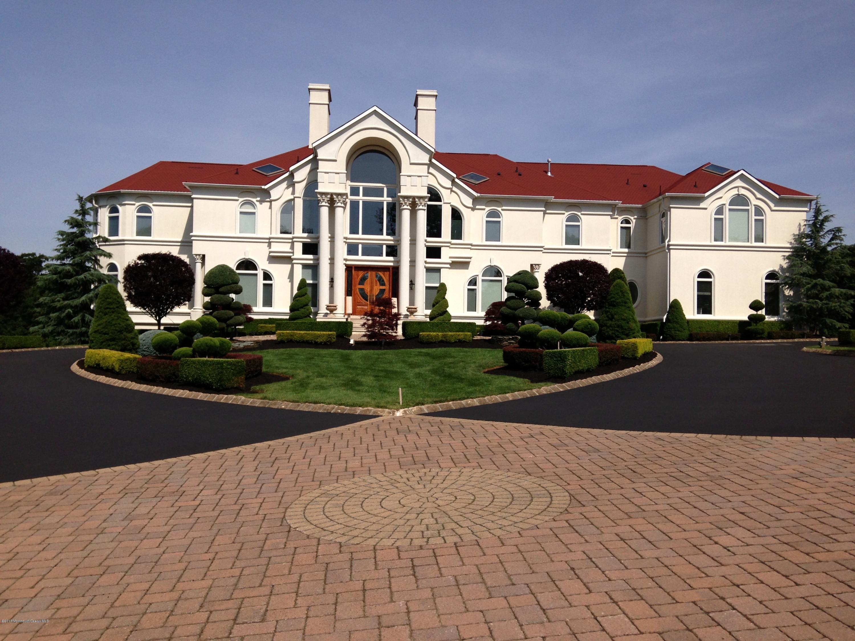独户住宅 为 销售 在 317 Bayview Drive 摩根维尔, 07751 美国