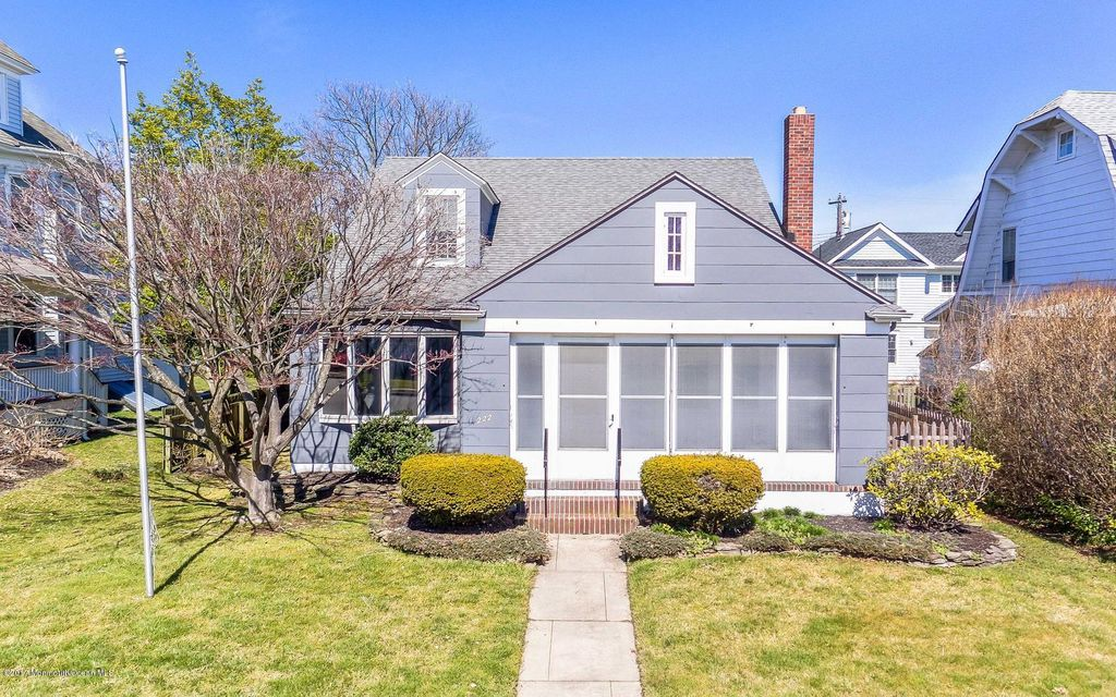 Single Family Home for Sale at 222 Washington Avenue Avon By The Sea, New Jersey 07717 United States