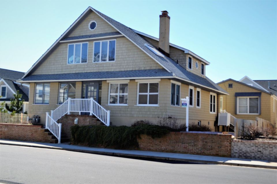 Single Family Home for Sale at 228 East Avenue Bay Head, 08742 United States