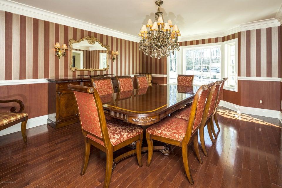 07_Dining Room