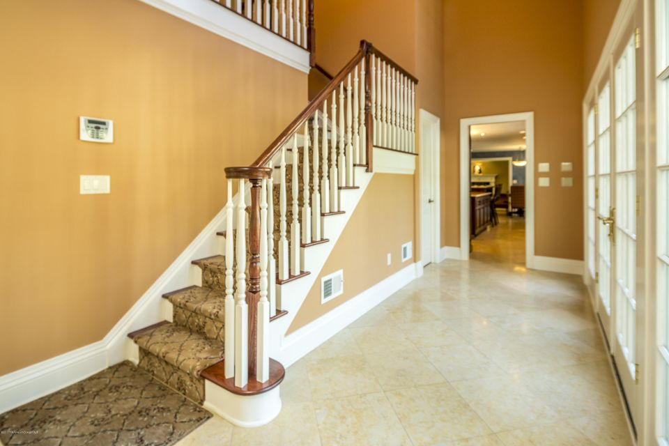 44_Lower Hallway