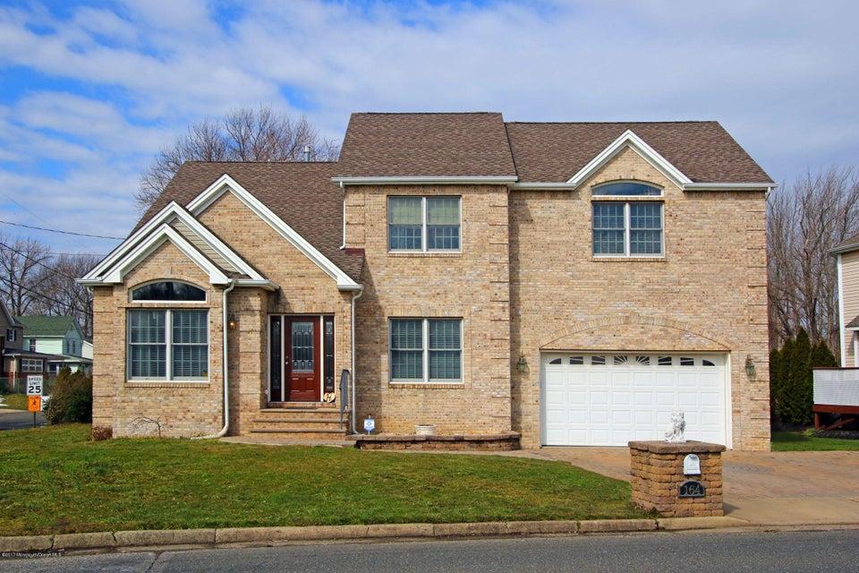 Casa Unifamiliar por un Venta en 164 East Road Belford, Nueva Jersey 07718 Estados Unidos