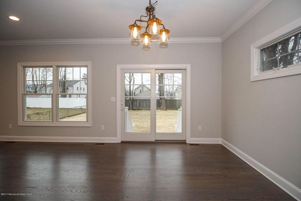 Additional photo for property listing at 608 Park Avenue  Brielle, New Jersey 08730 United States