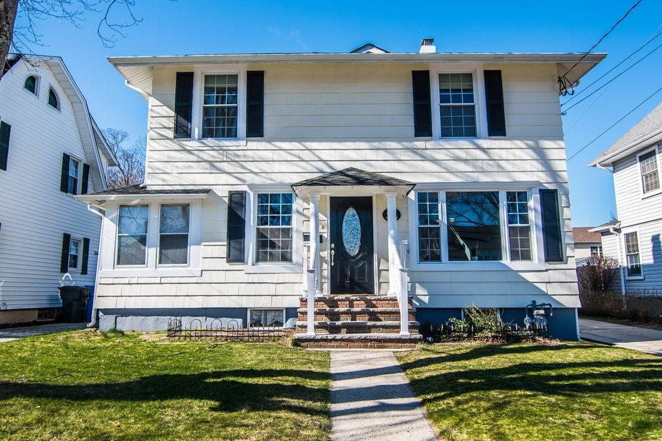 Maison unifamiliale pour l à louer à 44 Lake Avenue Fair Haven, New Jersey 07704 États-Unis