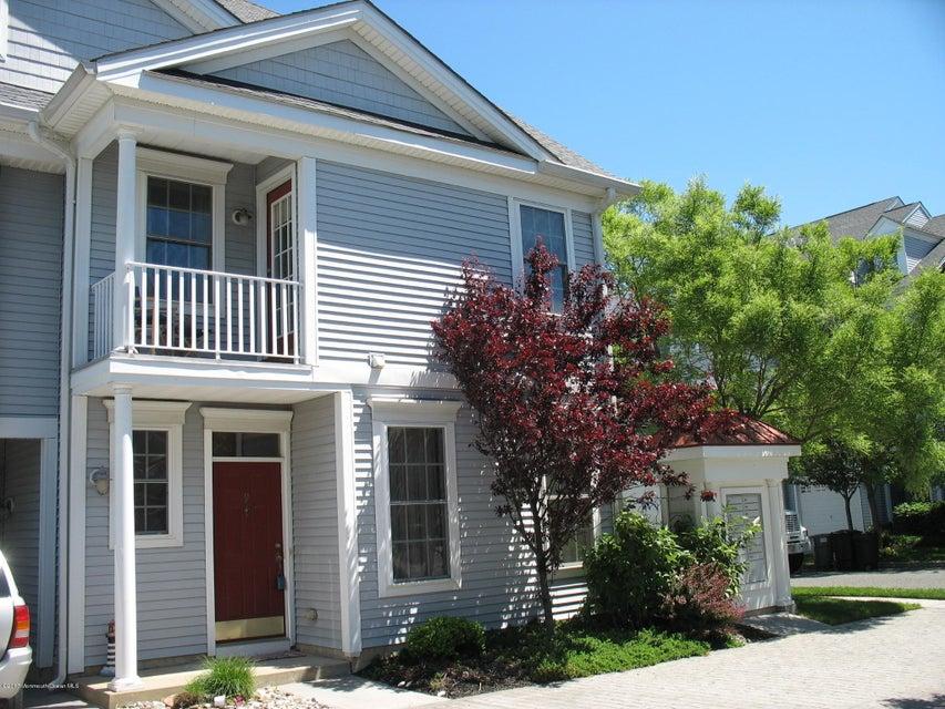 Maison unifamiliale pour l Vente à 9 Skimmer Lane Port Monmouth, New Jersey 07758 États-Unis