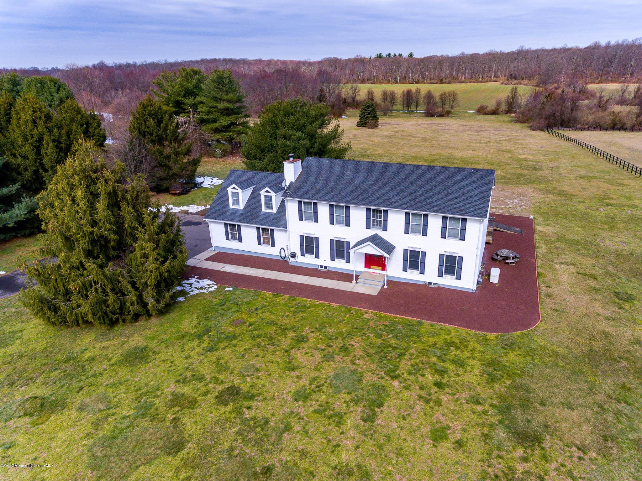 独户住宅 为 销售 在 516 Stagecoach Road Clarksburg, 新泽西州 08510 美国