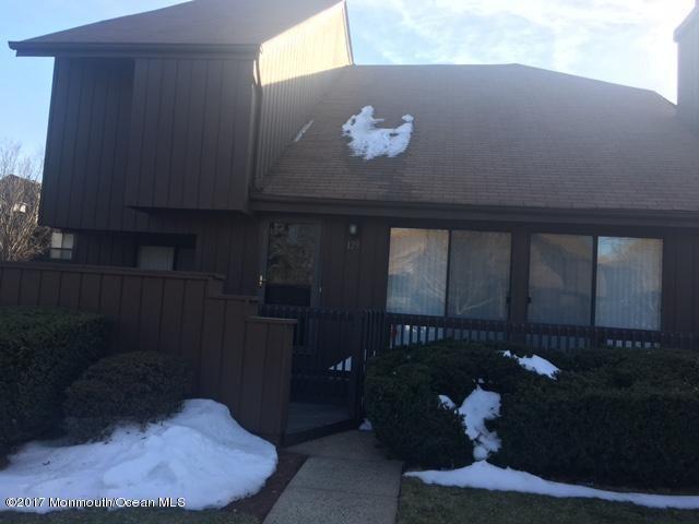 Casa Unifamiliar por un Venta en 129 Kingsberry Drive Franklin Park, Nueva Jersey 08823 Estados Unidos