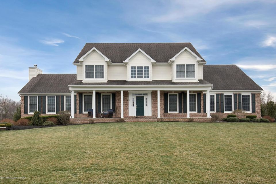 Single Family Home for Sale at 11 Sandy Lane Farmingdale, New Jersey 07727 United States