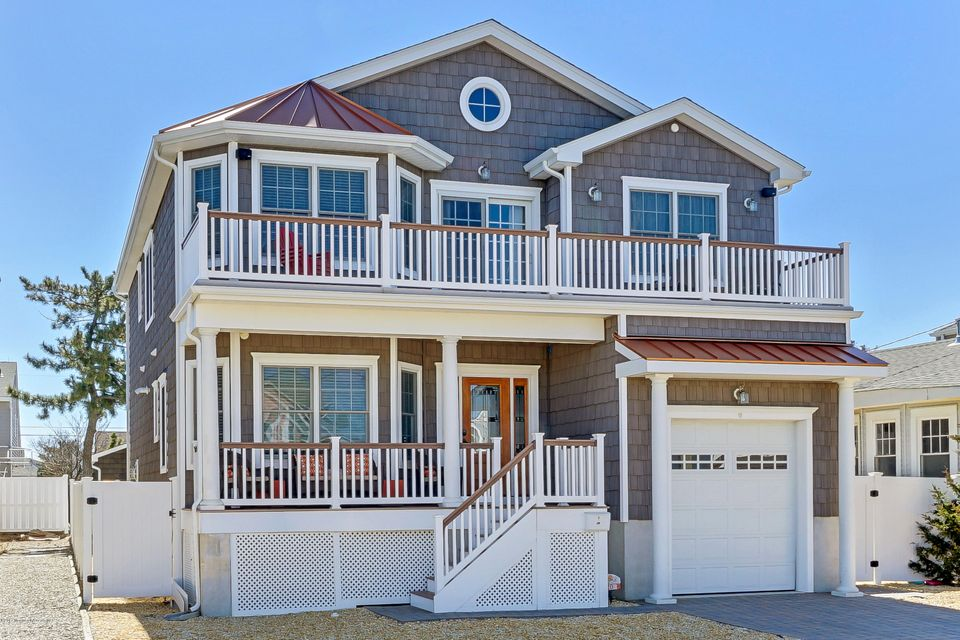 Single Family Home for Sale at 20 Philadelphia Avenue Lavallette, 08735 United States