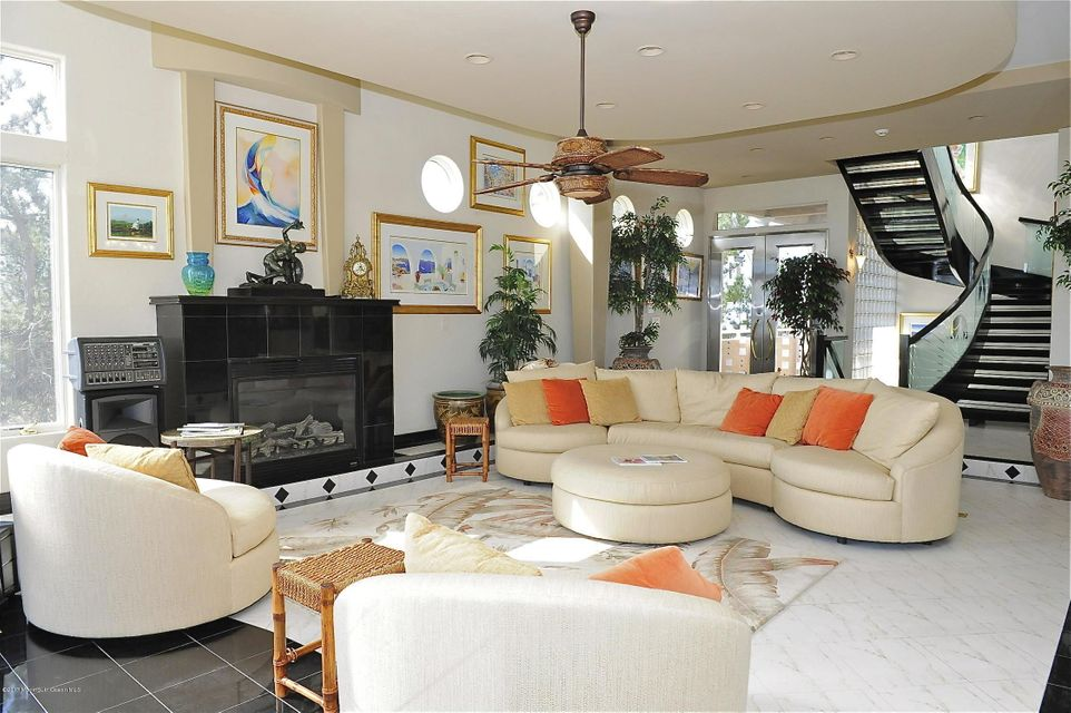 Great Room with Soaring Ceilings~