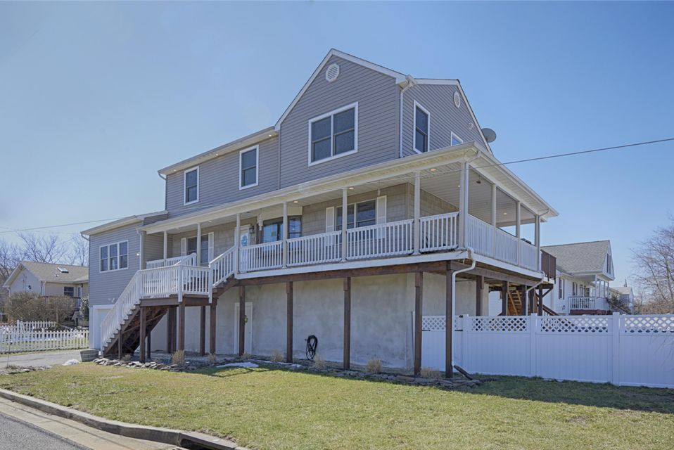 Single Family Home for Sale at 27 Suffolk Avenue Port Monmouth, New Jersey 07758 United States