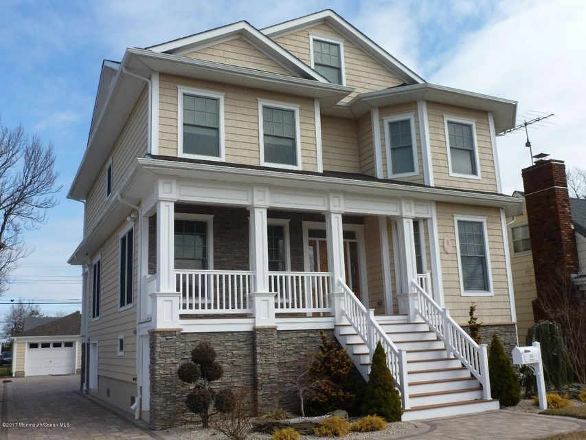 Maison unifamiliale pour l Vente à 105 Parkway 105 Parkway Point Pleasant Beach, New Jersey 08742 États-Unis