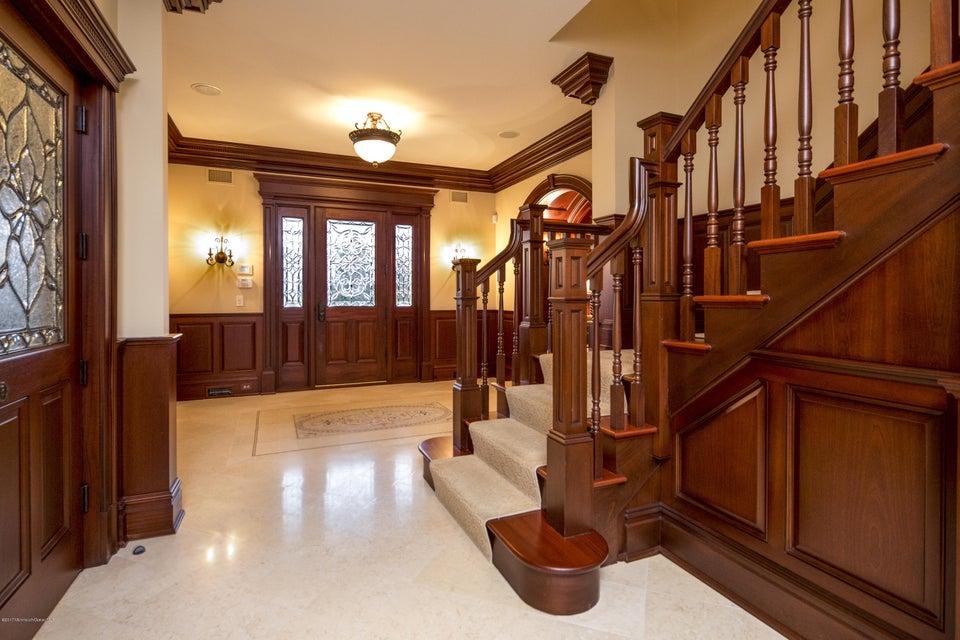01_Foyer