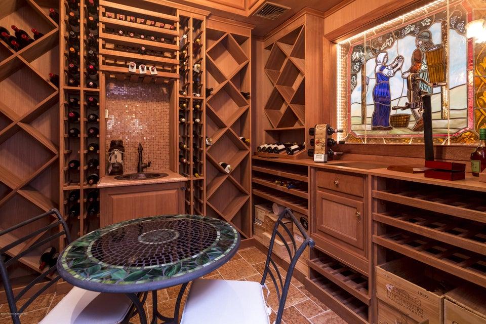 18_Wine Cellar with humidor