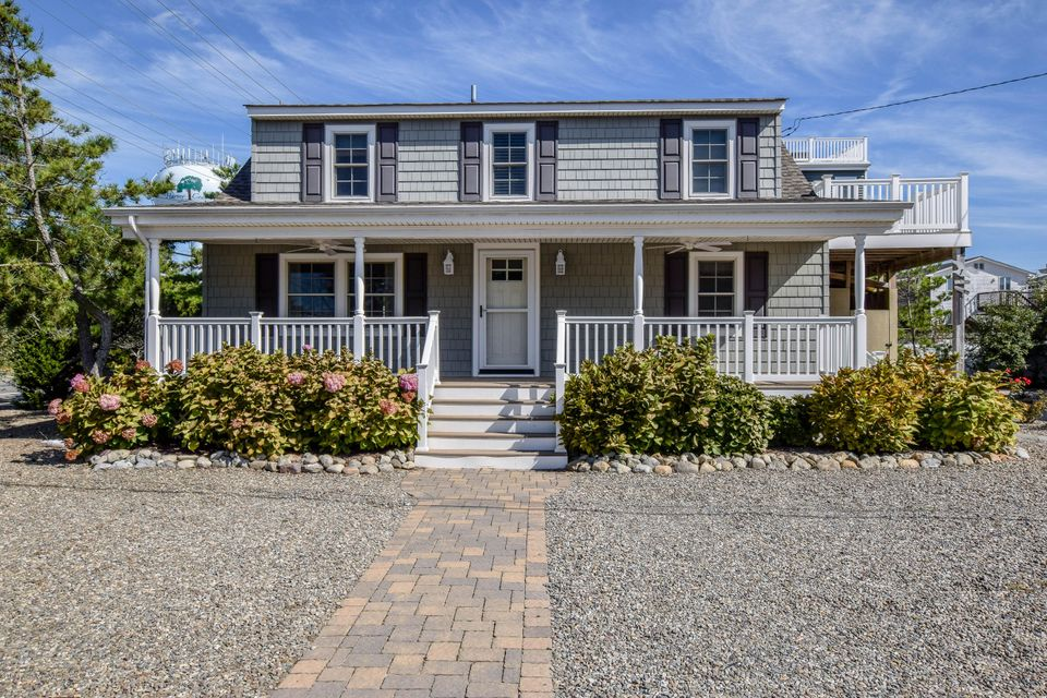 Single Family Home for Sale at 1 Gloucester Avenue Harvey Cedars, New Jersey 08008 United States