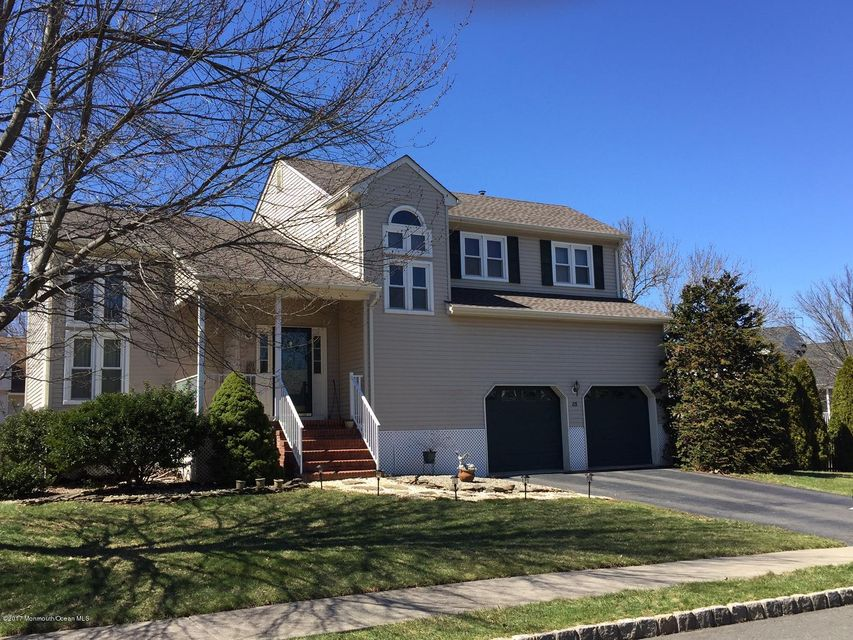 Maison unifamiliale pour l Vente à 85 Fisher Drive Hillsborough, New Jersey 08844 États-Unis