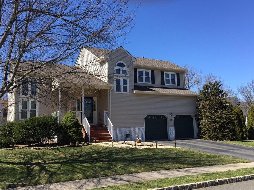 独户住宅 为 销售 在 85 Fisher Drive 希尔斯堡, 新泽西州 08844 美国