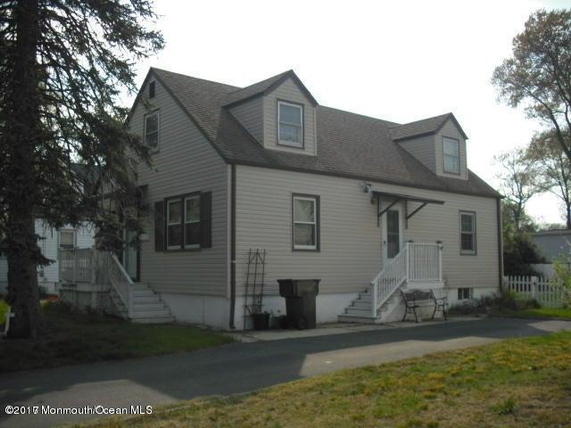 独户住宅 为 出租 在 25 Johnson Terrace 黑兹利特, 新泽西州 07734 美国