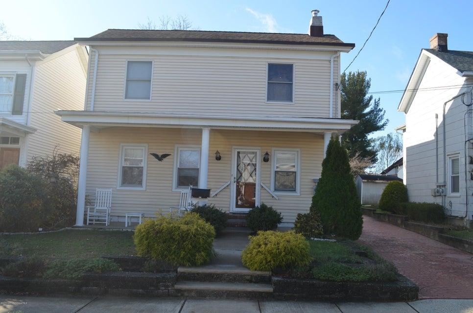 独户住宅 为 出租 在 18 Worthley Street 雷德班克, 新泽西州 07701 美国