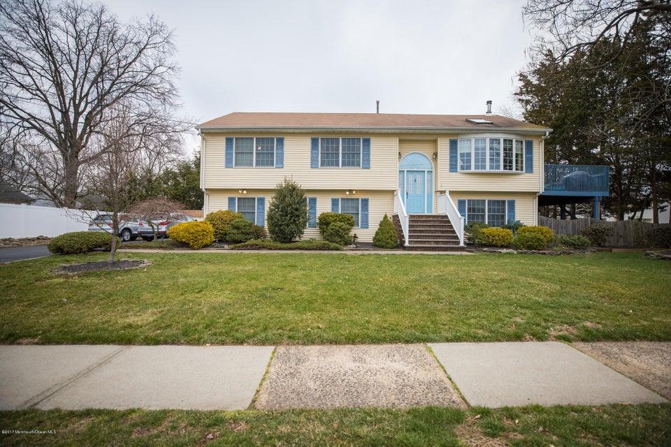 Maison unifamiliale pour l Vente à 3933 Wade Street Piscataway, New Jersey 08854 États-Unis