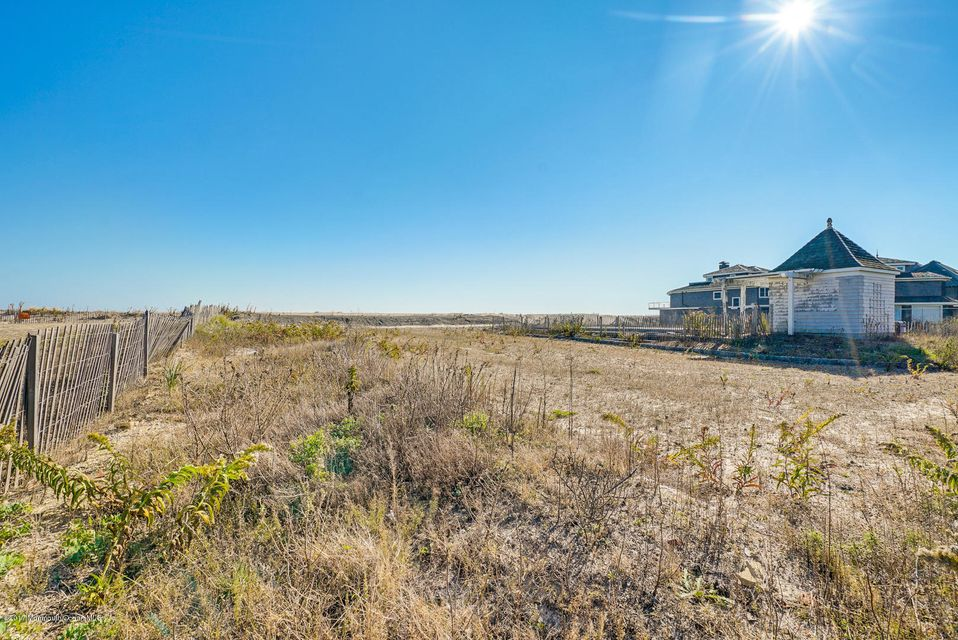 Land for Sale at 1211 Ocean Avenue Mantoloking, New Jersey 08738 United States