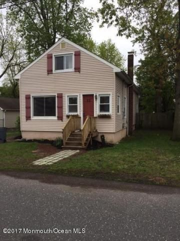 独户住宅 为 出租 在 12 Hart Street 黑兹利特, 新泽西州 07734 美国